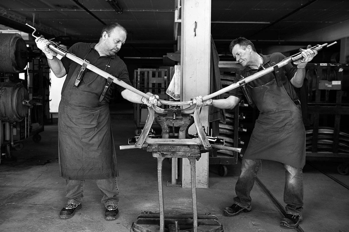 Traditionelles Holzbiegen von thonet Spezialisten