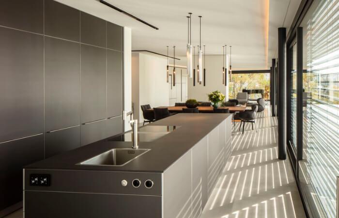 Graue Küche